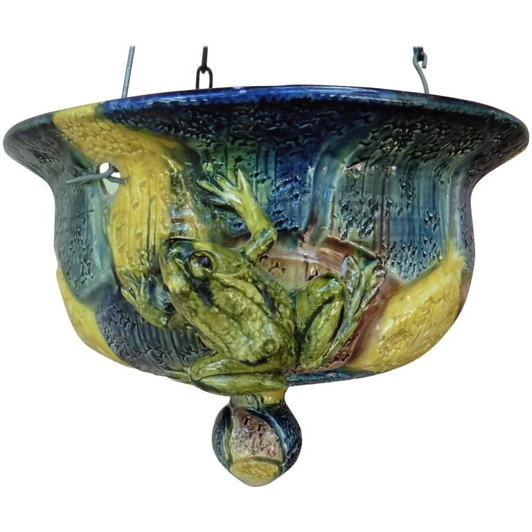 Majolica Hanging Frogs Planter Thomas Sergent, circa 1880 For Sale