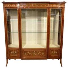 Stunning Fiddleback Mahogany Edwards & Roberts Antique Display/China Cabinet