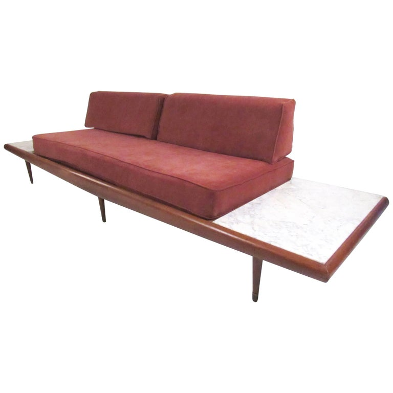 Stylish Mid-Century Sofa Daybed in the Manner of Adrian Pearsall