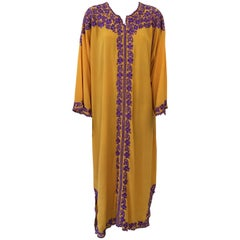 Elegant Moroccan Caftan Yellow Gold Embroidered with Purple