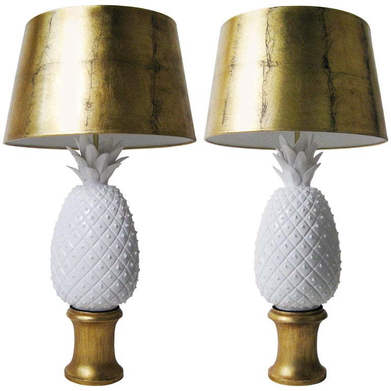 Pair of Porcelain, Wood and Gold Leaf Lamps, Arturo Pani, Mexico, circa 1960 1