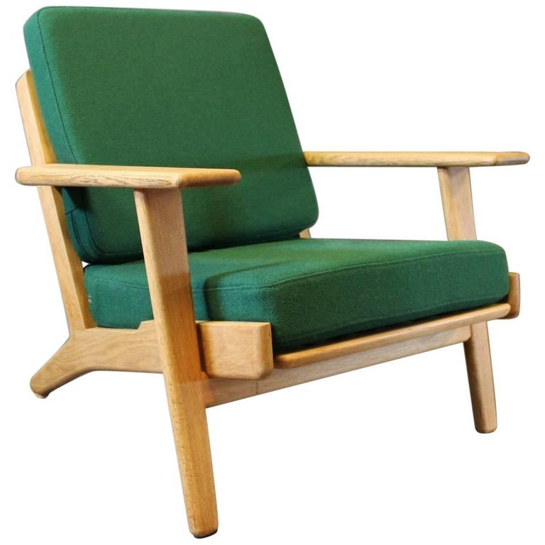 Armchair, Model GE290, by Hans J. Wegner and GETAMA, 1960s For Sale