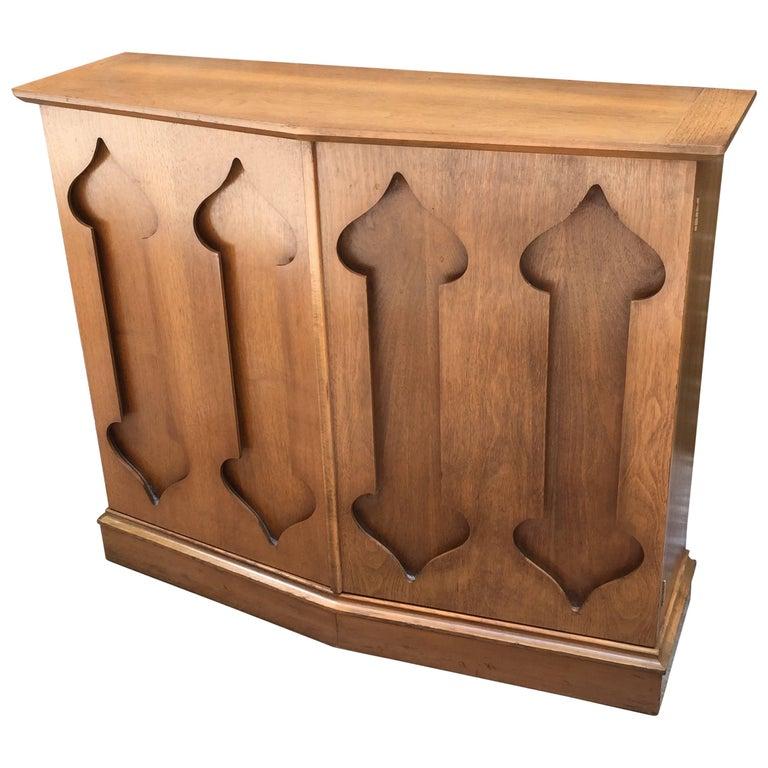 Mid-Century Modern Trefoil Design Cabinet