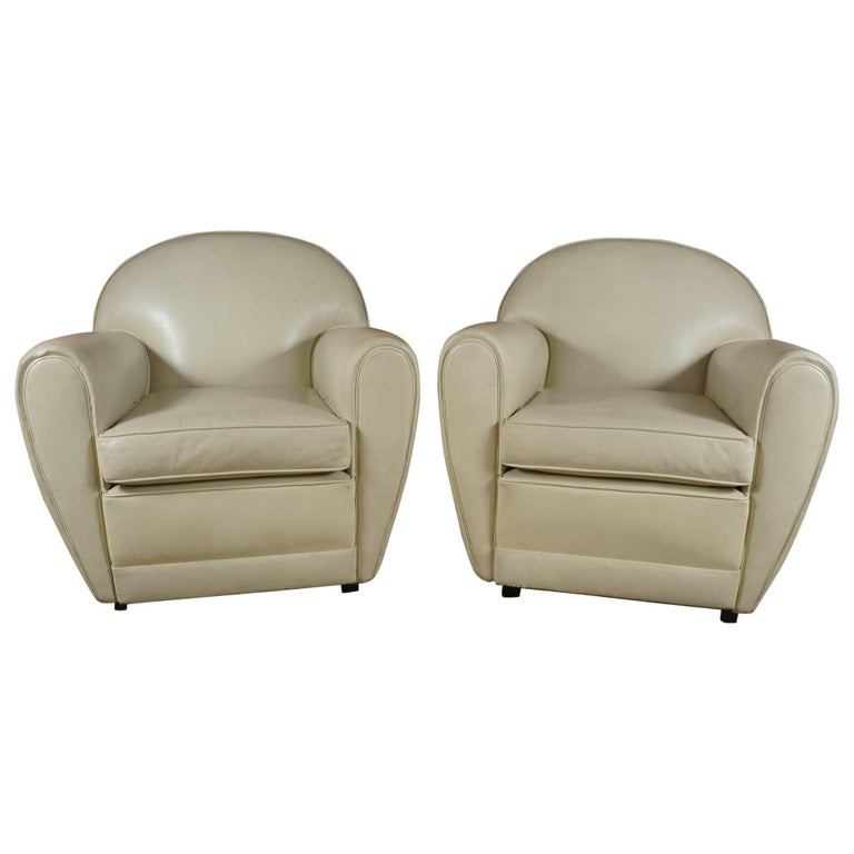 Pair of Leather Club Chairs 1