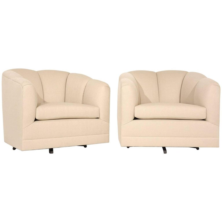 Pair of Mid-Century Swivel Lounge Chairs For Sale