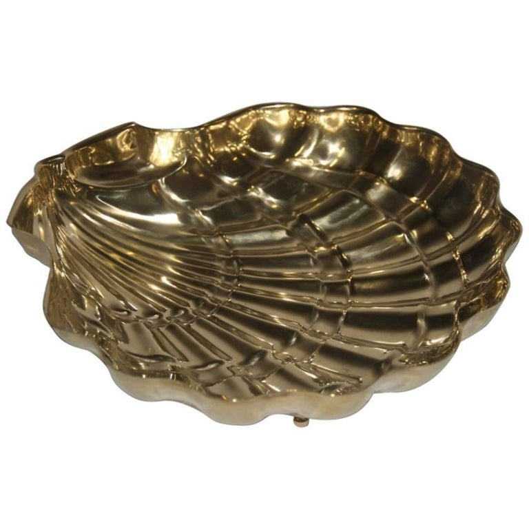 Large, 1950 Chic Design Embossed Brass Shell Bowl For Sale
