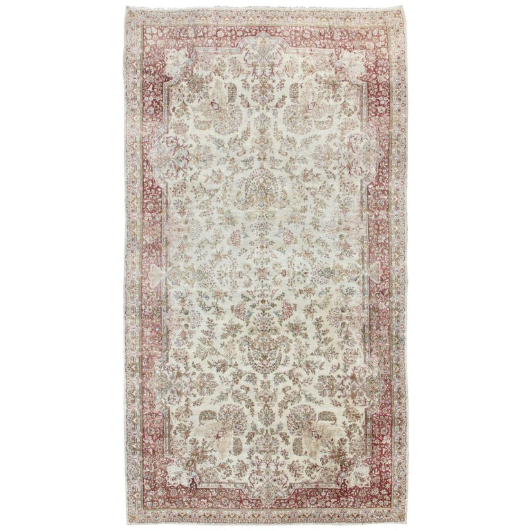 Long Kerman Rug With Intricate Floral Design In Ivory, Red