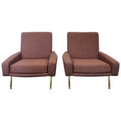 """Airborne Pair of """"Troika"""" Lounge Chairs, France, 1950s"""