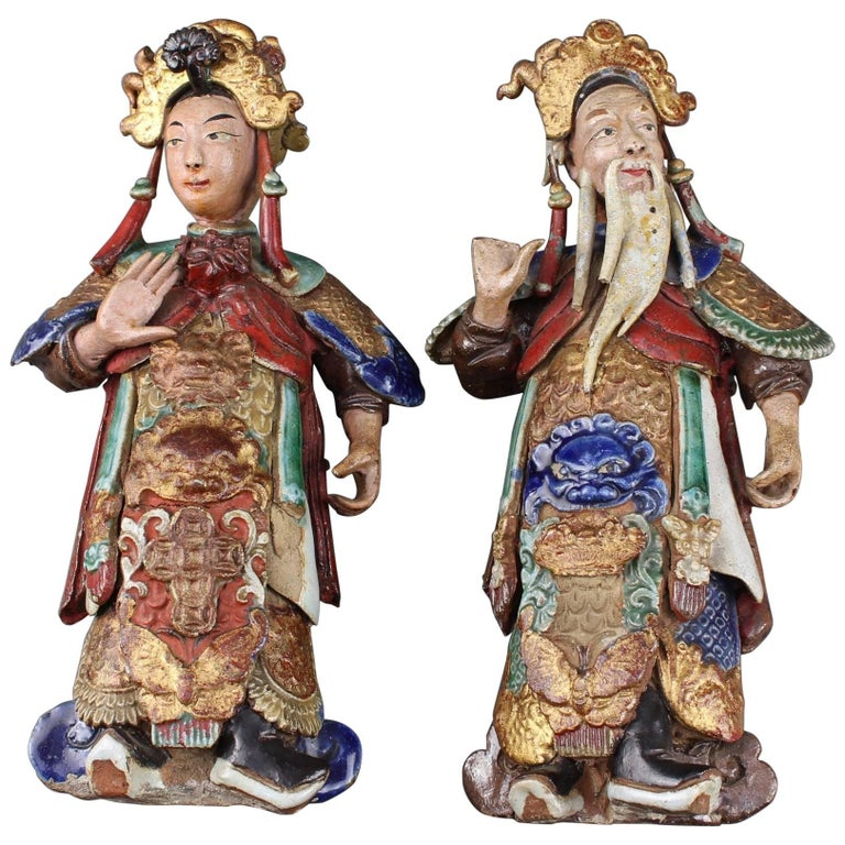 Set of Two 19th Century Chinese Earthenware Decorative Wall-Hanging Figures For Sale