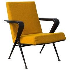 1969 Friso Kramer, Ahrend de Cirkel Repose Lounge Armchair New Yellow Upholstery