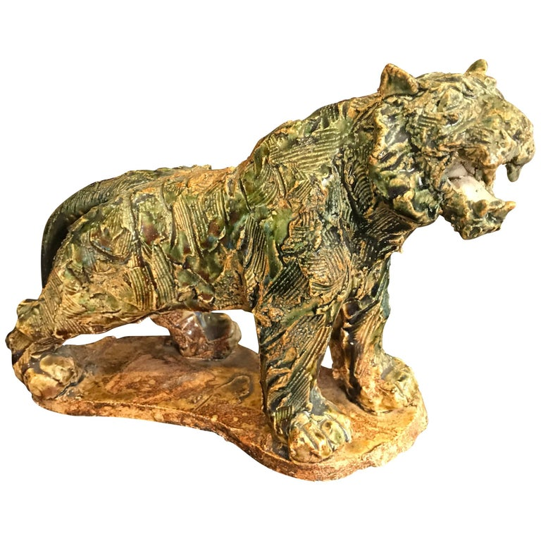 Japan Fine Old Prowling Tiger Handmade and Hand-Painted Ceramic Sculpture