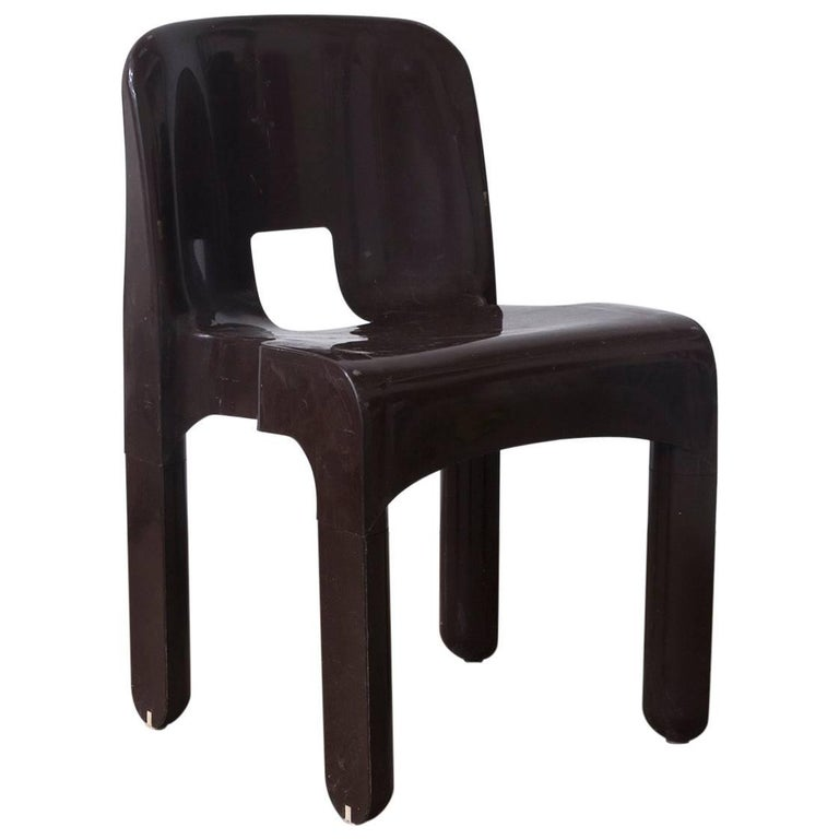 1967 Joe Colombo, Universale Plastic Chair, Type 4867 in Chocolate Brown For Sale
