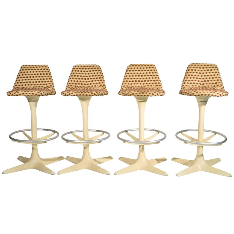 Set of Four Tulip Saarinen Style Swivel Bar Stools For Sale