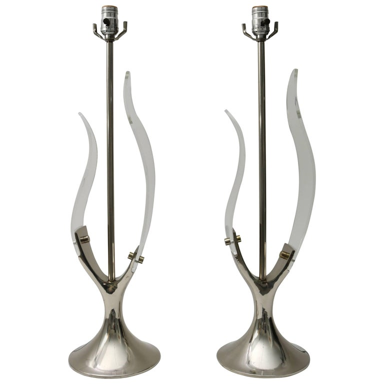 "Pair of Laurel Lamp Company ""Tulip"" Table Lamps in Lucite and Polished Chrome"