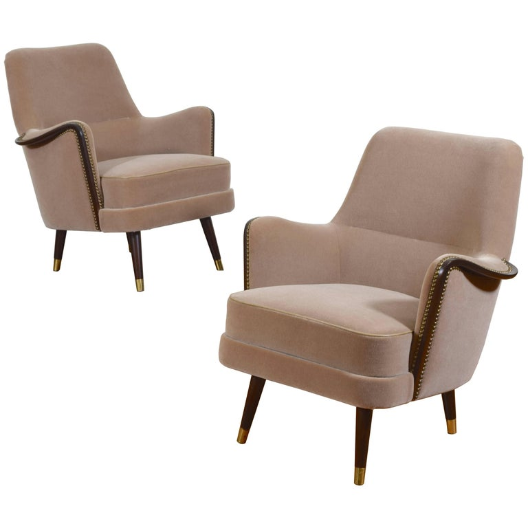 Pair of Italian Mid-Century Mahogany and Brass Bergeres, Mohair Upholstery 1