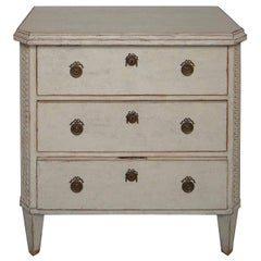 Simple Swedish Neoclassical Style Chest of Drawers