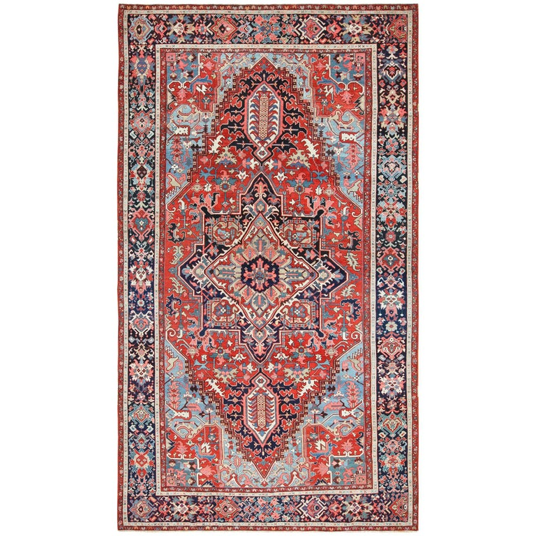 Persian Rugs For Sale: Large Oriental Antique Persian Serapi Heriz Rug For Sale