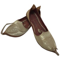 Middle Eastern Arabian Turkish Leather Shoes with Gold Embroidered curled Toe