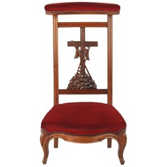 Louis Philippe Prie Dieu Chair in Walnut, 19th Century