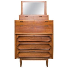 Walnut Bachelor's Chest in the Manner of Edmund Spence