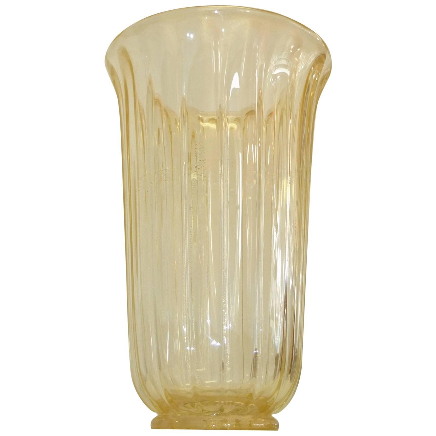 Seguso Vetri d'Arte Flower Vase with Gold Flecks