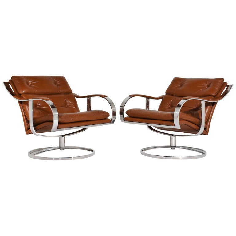 Pair Of Mid Century Modern Leather Gardner Leaver Lounge Chairs For