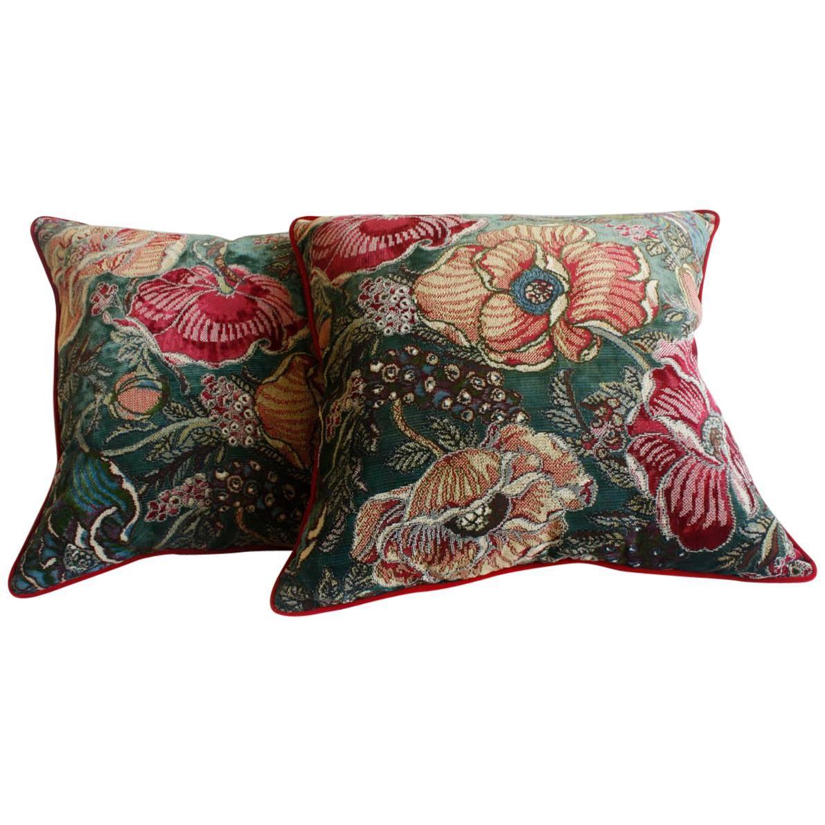 Pair of Botanical Throw Pillows