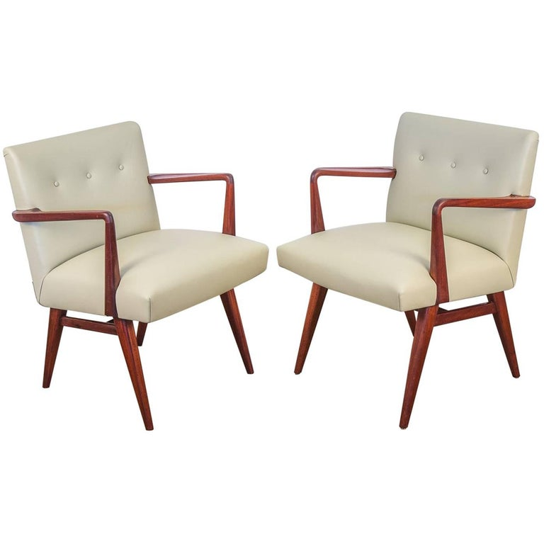 Jens risom model 108 walnut side chairs for sale at 1stdibs - Jens risom side chair ...