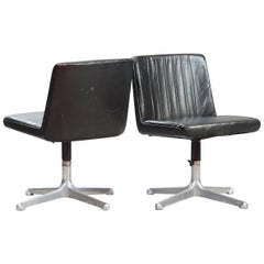 Osvaldo Borsani P125 Swivel Chair, One Pair