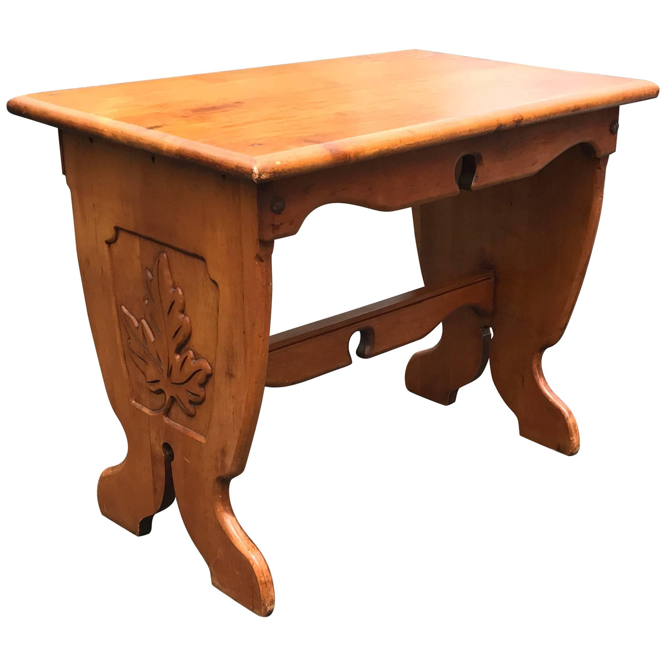1940s English Oak Side Table with HandCarved Leaf Motif For Sale