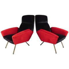 Stylish Pair of Italian Modern Sculptural Lounge Chairs