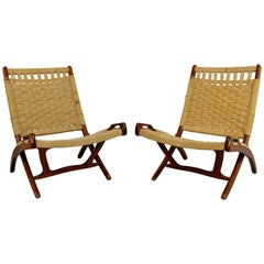 Mid-Century Modern Pair of Rope Cord and Wood Folding Chairs Hans Wegner Style