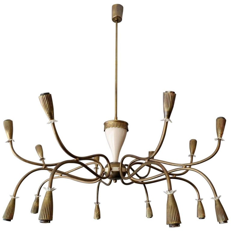 Italian Mid-Century Chandelier Attributed to Arredoluce For Sale