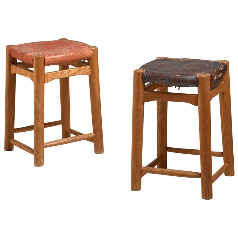 Pair of Oak Stools with Leather Seatpad, France, 1950s