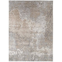 Organic/ Abstract Style Area Rug 'Aquarium Silver' in Silk and Wool by Carini