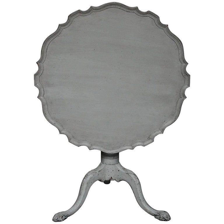 Swedish Tilt-Top Table with Pie Crust Edge
