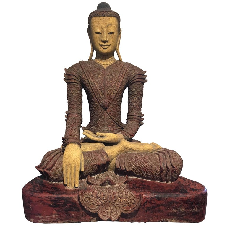 Life-Sized Burmese Dry Lacquer Buddha in Royal Attire, Early 20th Century For Sale