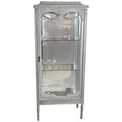 French Louis XVI Vitrine, Painted in Pale Gray Hue, Mirrored Back
