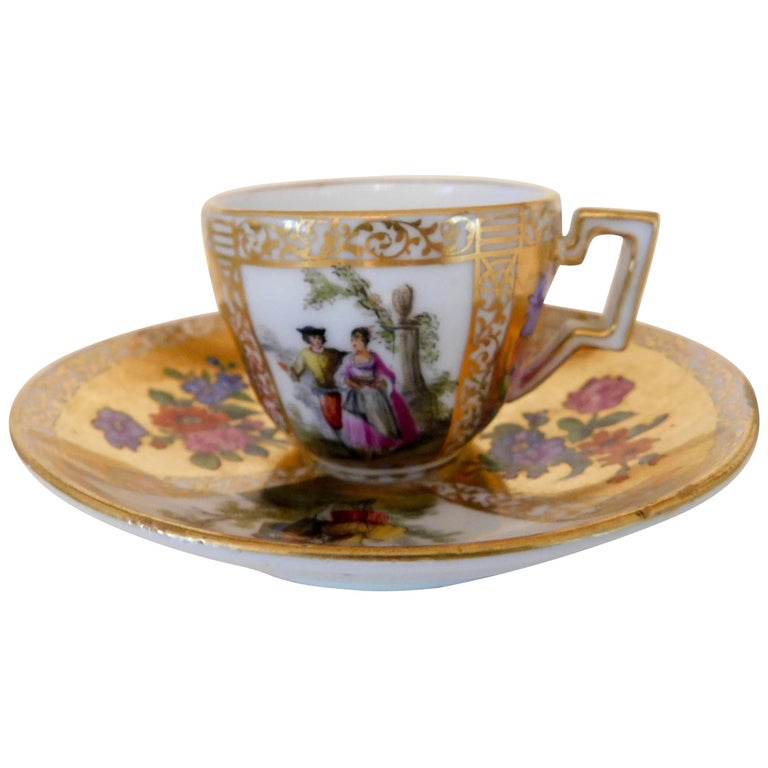 Early 18th Century Antique Meissen Porcelain Miniature Cup and Saucer For Sale