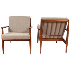 Pair of Danish Modern Viko Baumritter Solid Walnut Lounge Chairs, 1950s