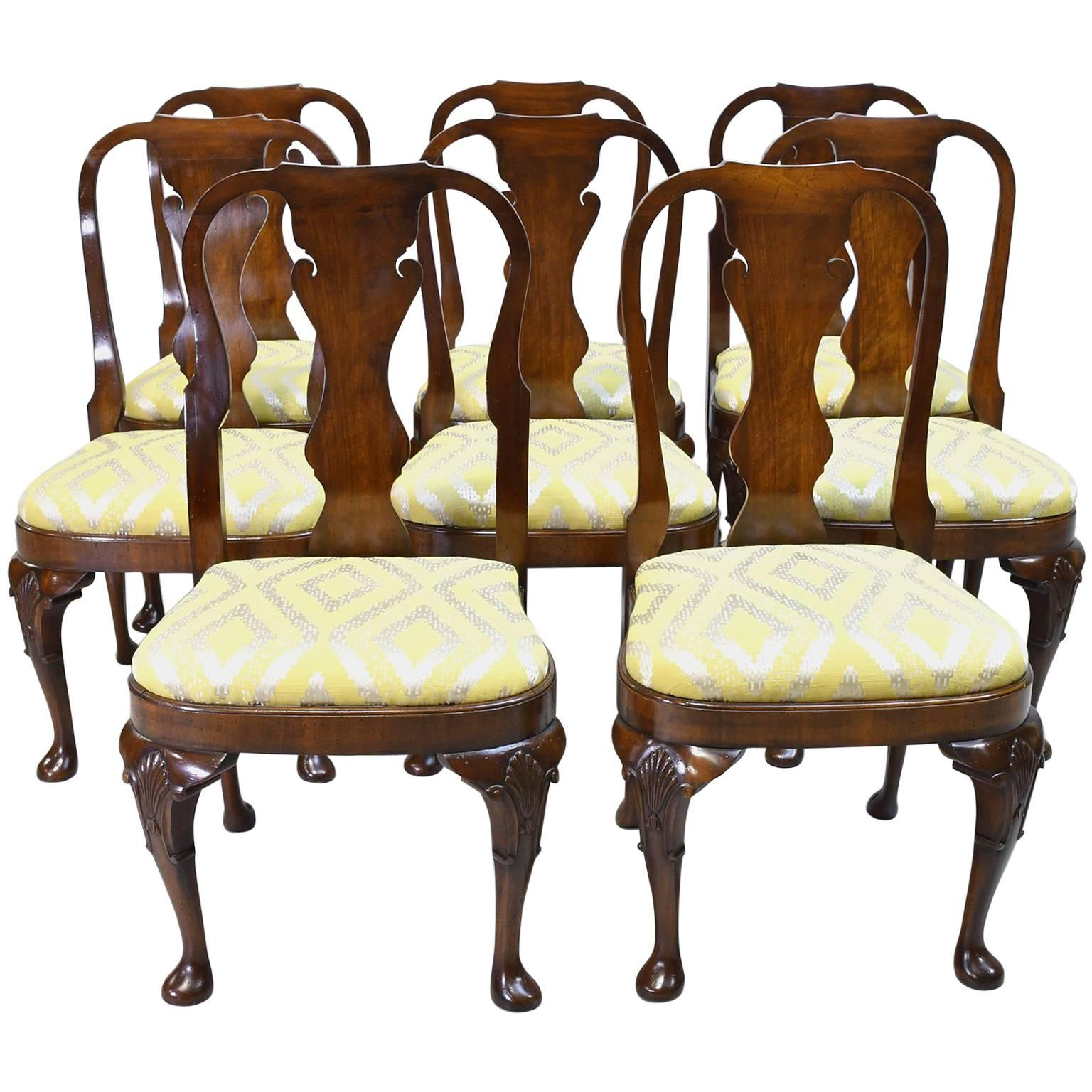 19th Century Set Of Eight Comfortable Queen Anne Style Dining Chairs In  Mahogany For Sale