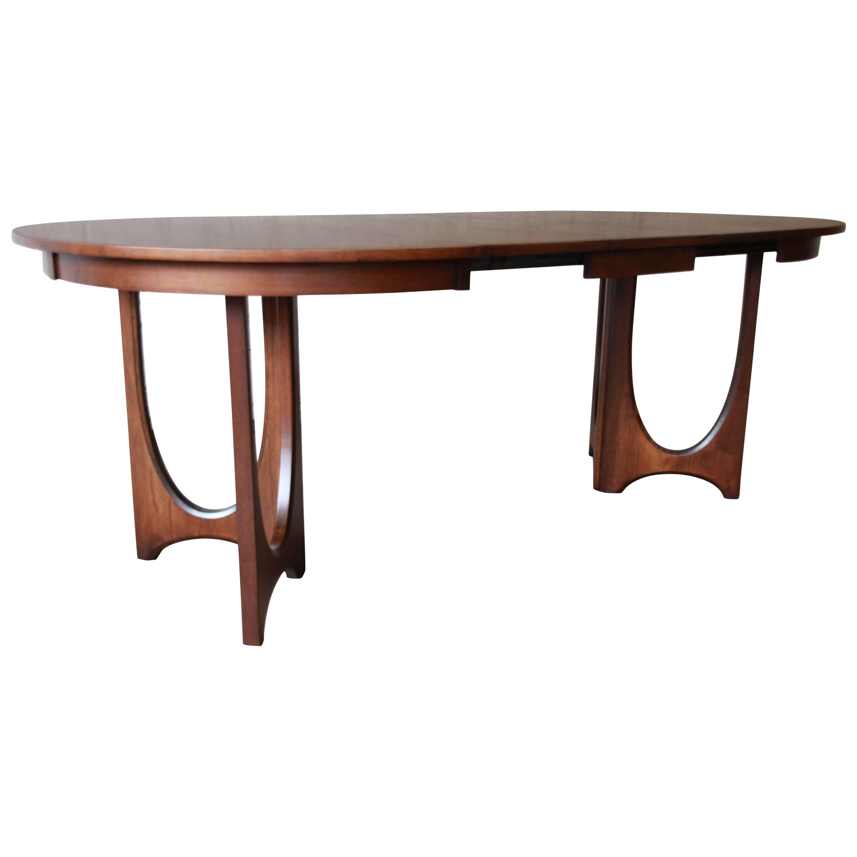 Broyhill Brasilia Sculpted Walnut Extension Dining Table. Set Of Mid Century  ...