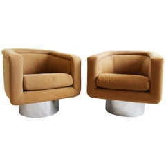 Mid-Century Modern Pair of Leon Rosen for Pace Swivel Tub Lounge Chrome Chairs