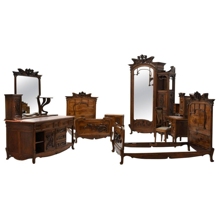 Exquisite Early 20th Century Art Nouveau Bedroom Set For Sale at ...