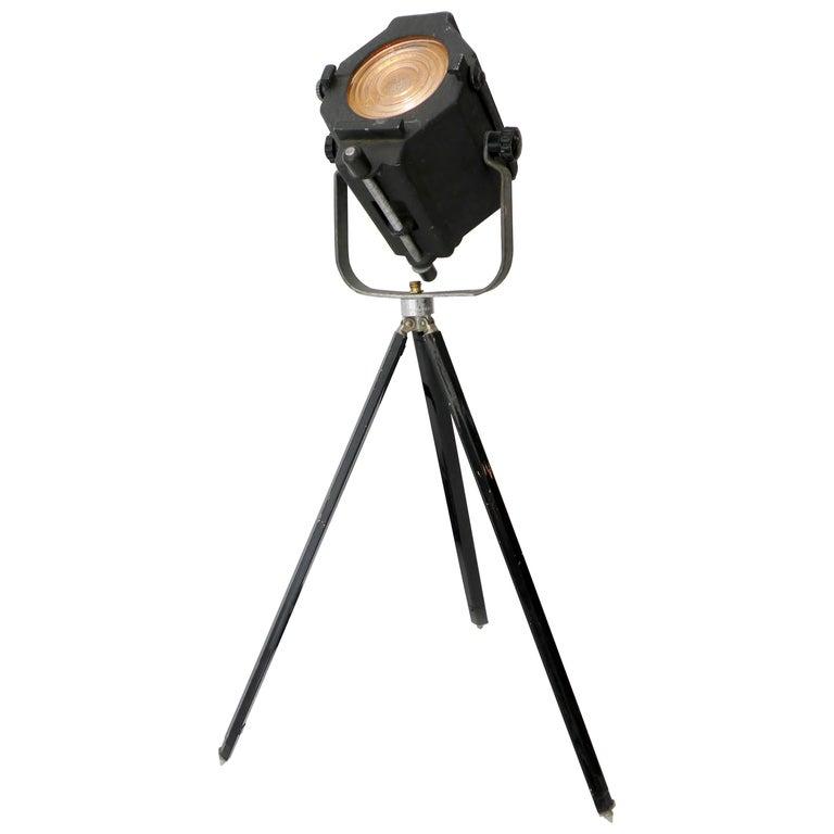 Industrial Kleigl Theater Spotlight Table Lamp Streamline, Midcentury For Sale