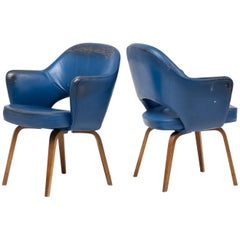 Pair of Series 71 Executive Armchairs by Saarinen for Knoll International