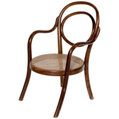 Thonet bentwood Child Chair Nr 1 Stamped Thonet 1904 Kinder Stoel