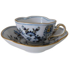 19th Century Meissen Porcelain Blue Onion with Gold Cup and Saucer