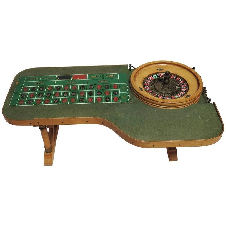 Roulette bar table