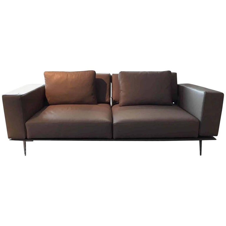 sofa milan by manufacturer franz fertig in 100 genuine leather and aluminum for sale at 1stdibs. Black Bedroom Furniture Sets. Home Design Ideas